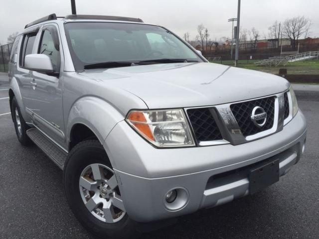 Lk 05 Nissan Pathfinder SE Off Road Edition Drives And Feels Like New