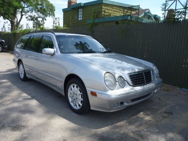 Mercedes benz 01 e320 wagon 3 2l p suroof loaded 3rd seat for Mercedes benz air conditioning problems