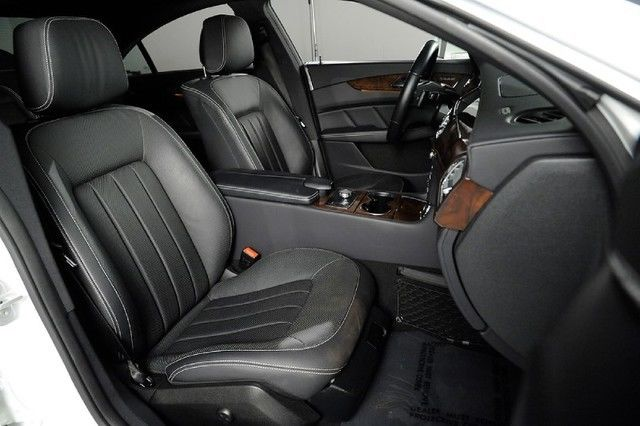 mercedes cls550 diamond white metallic black leather nav. Black Bedroom Furniture Sets. Home Design Ideas