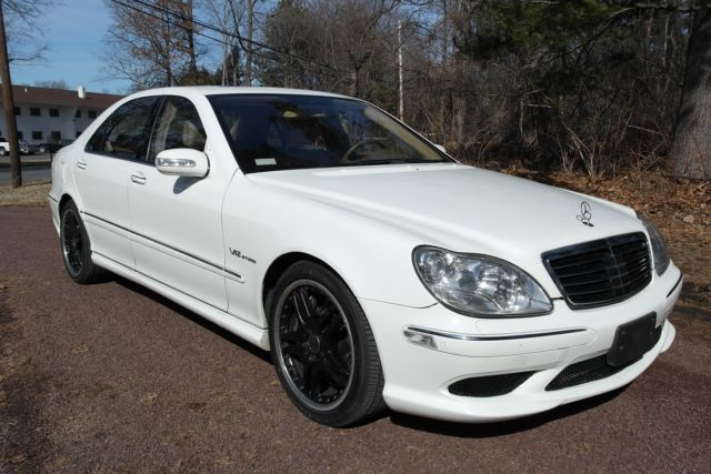 MINT 2006 MERCEDES S65 AMG LOADED RARE WHITE INSPECTED 670HP  NEW