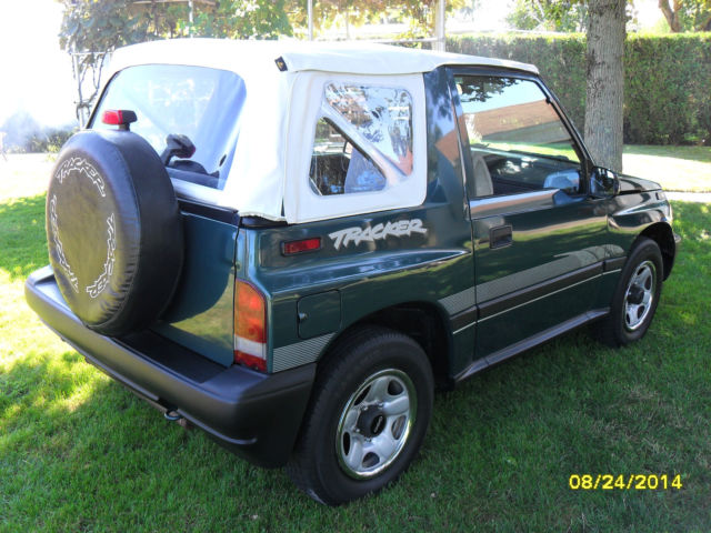 Geo Metro 3 Cylinder Engine Parts as well How To Fix Brake Lines On A 1992 Jeep  anche besides 55914 Vacuum System Idle Going 1500 2000 A 3 as well Sammipro together with 1999 2000 2001 2002 2003 2004 F Series Short Bed Main Fuel Tank Filler Hose. on 1995 suzuki sidekick fuel lines
