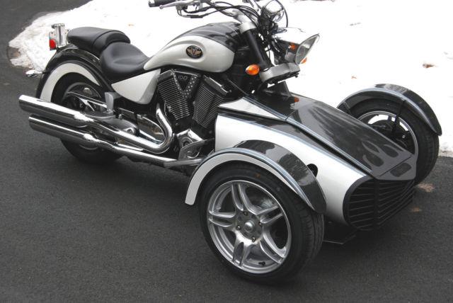 Motorcycle Trike Endeavor Sport Trike CanAm Slingshot