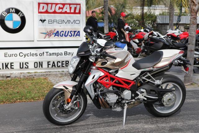 2014 MV AGUSTA BRUTALE 800 NO RESERVE 2,330 MILES
