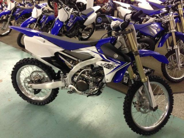 New 2014 yamaha yz250f mx motocross dirtbike 4 stroke yz for Yamaha 250 four stroke