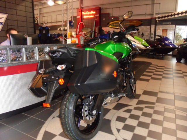 new 2015 kawasaki versys 650 lt * hard bags * save * 2.75% 60 mo