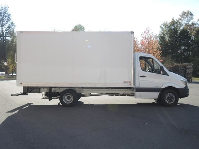 New 2015 sprinter 3500 cab chassis box truck 11030 lb gvw for Mercedes benz sprinter cab chassis