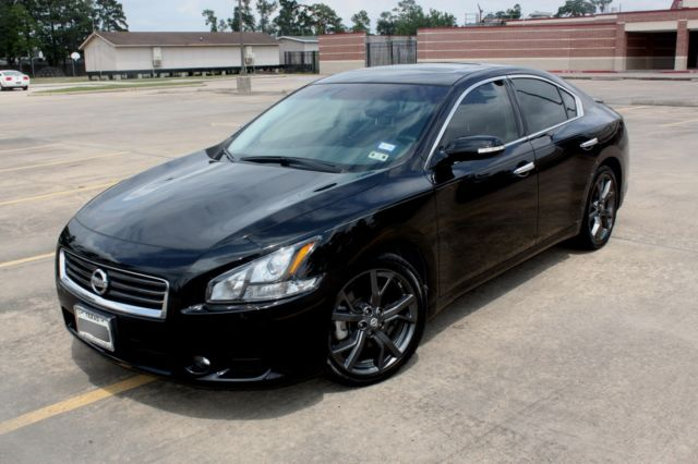 Nissan Maxima 3 5 Sv W Sport Package Amp Low Miles