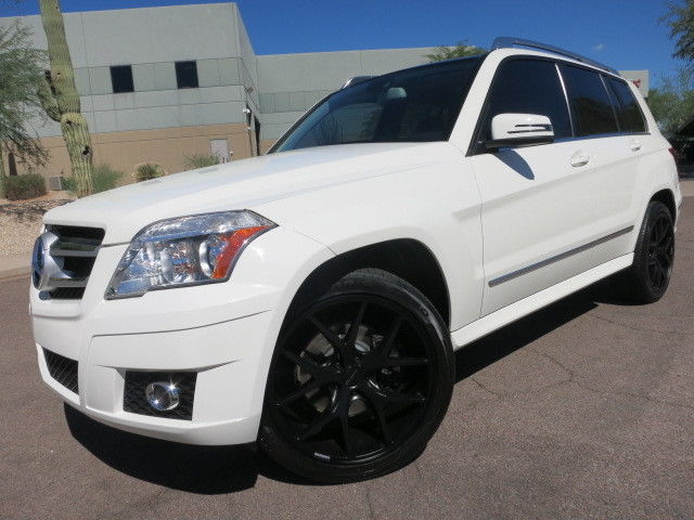 Premium Package Heated Seats Pano Roof 22 Quot Wheels White