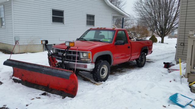 RED PLOW TRUCK SNOW PICK UP WORK GOOD V8 4X4 4WD WESTERN 8 ...