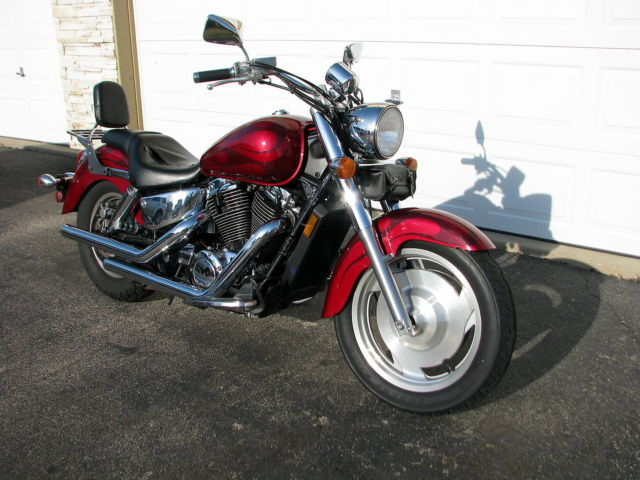 Red With Flames 2003 Honda Shadow Sabre 1100 Vt1100c2 Motorcycle