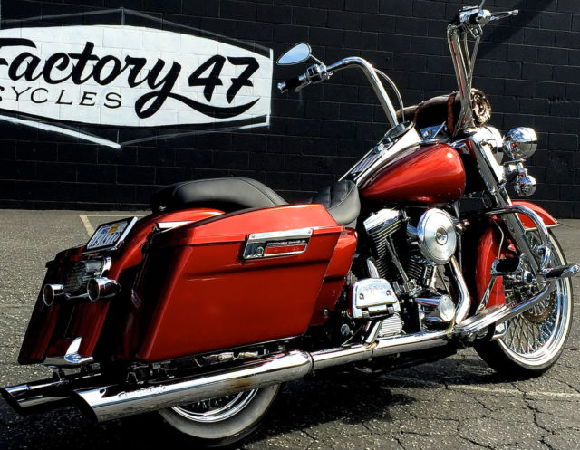 S P I W likewise D Viking Bags For Dyna Fxdb Build Img in addition Harley Davidson Electra Glide Classic Photo Gallery as well Image likewise Road King Spoke Wheel Hard Saddlebags Chrome Calipers Screamin Eagle Exhaust. on harley davidson hard saddlebags