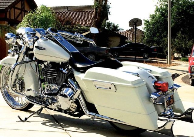 """Harley Davidson Motorcycles For Sale California >> Road King Legend Air Ride 21"""" Front Wheel Samson 32"""" Cholo True Dual Fishtails"""