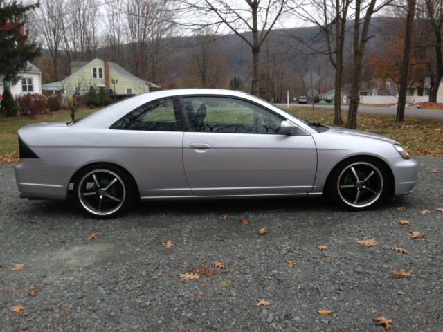 Silver 03 honda civic ex coupe runs great lots of mods for 03 honda civic 2 door