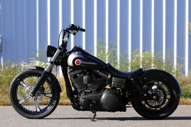 246728 Southeast Custom Cycles Custom Dyna on harley dyna glide specifications