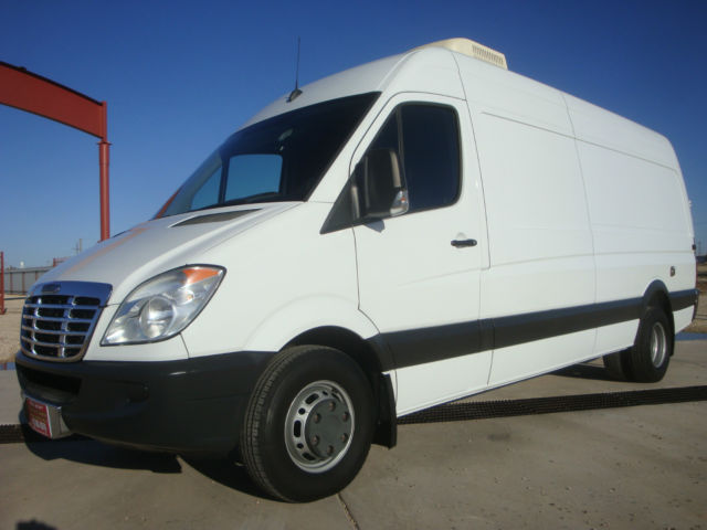 Sprinter mobile office lab work shop expediter van cargo for 2010 mercedes benz sprinter cargo van
