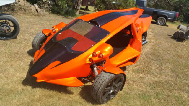 T-Rex Replica, Arrow 3S, Hayabusa powered REVERSE TRIKE ...
