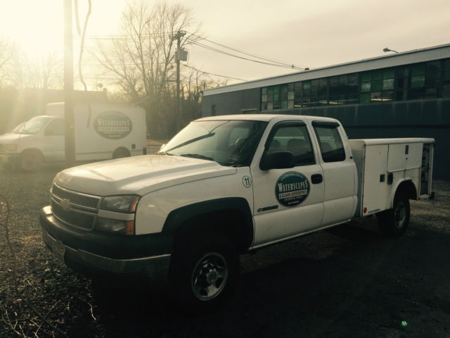 Used 05 Chevy 2500 Extended Cab 4x2 V8 Utility Body Work Truck