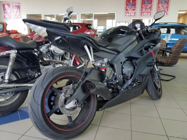 used 2006 yamaha r6 sportbike cheap great starter bike fast crotch rocket. Black Bedroom Furniture Sets. Home Design Ideas