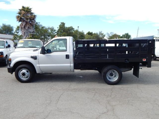 used 2008 ford f350 9 39 flatbed stake truck 5 4l gas automatic liftgate low miles. Black Bedroom Furniture Sets. Home Design Ideas