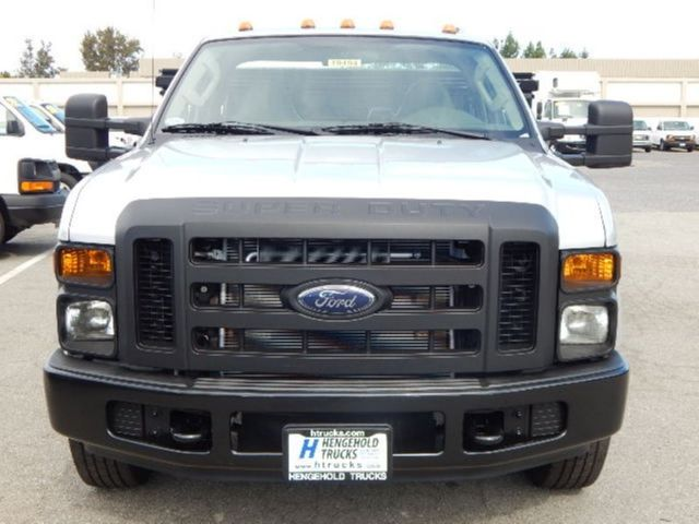 Used 2008 Ford F350 9' Flatbed Stake Truck 5.4L Gas
