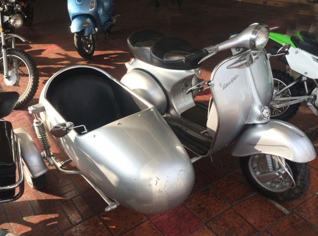 vespa sidecar classic vintage scooter piaggio lambretta mo ped. Black Bedroom Furniture Sets. Home Design Ideas
