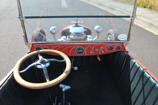 Vintage late sixties/early seventies T Bucket   Powered by a