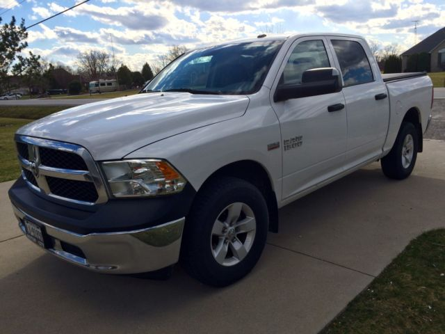 white 2014 dodge ram crew cab sxt. Black Bedroom Furniture Sets. Home Design Ideas