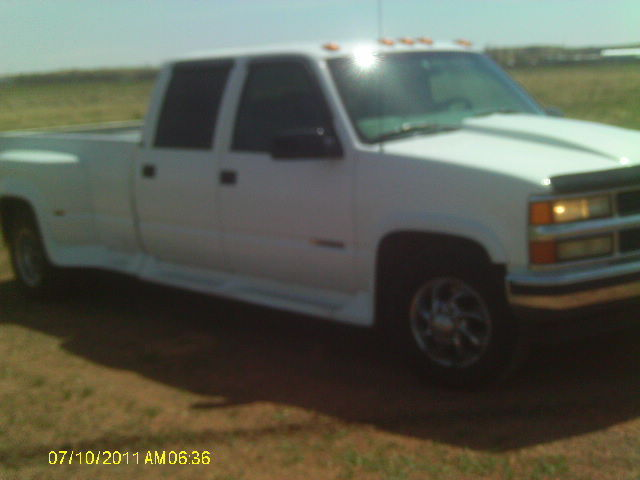white 97 chevy dually 4 door 2wd 8 ft bed very good condition. Black Bedroom Furniture Sets. Home Design Ideas