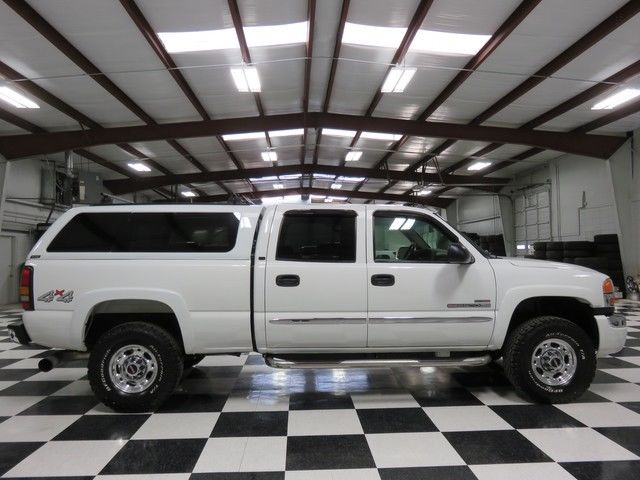 White Crew Cab Duramax Diesel Allison Warranty Cloth Chrome Camper Shell Extras
