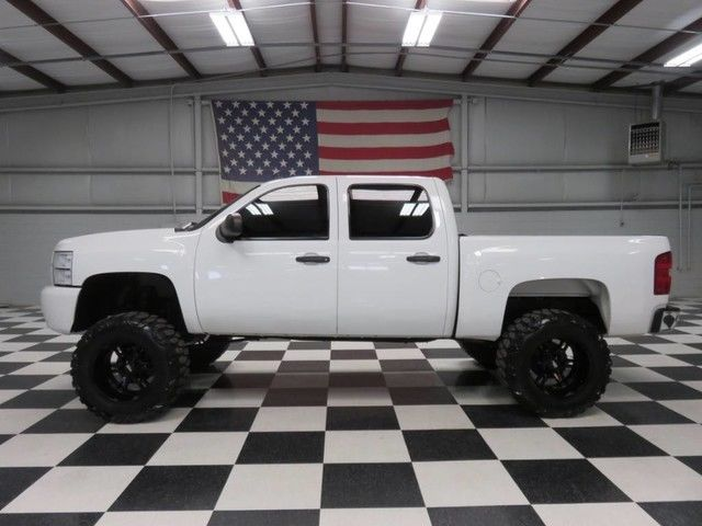 White crew cab warranty financing leather 6 lift 37 tires 20 wheels white crew cab warranty financing leather 6 lift 37 tires 20 wheels extras publicscrutiny Image collections