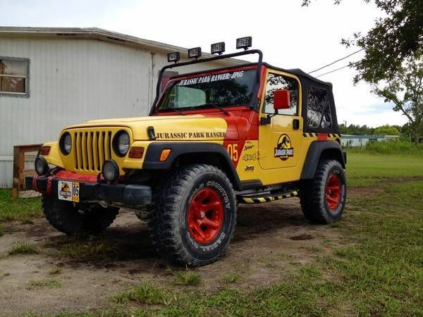 yellow 2001 jurassic park jeep wrangler tj sport 4x4 l6. Black Bedroom Furniture Sets. Home Design Ideas